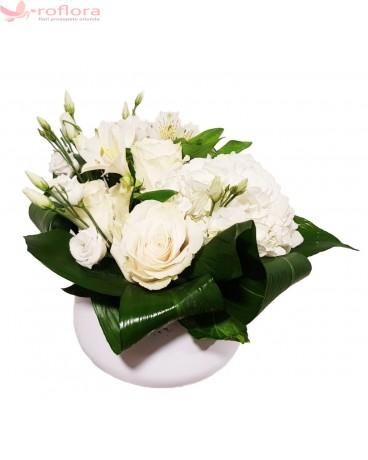 Euforie - Aranjament cu alstroemeria, eustoma si trandafiri