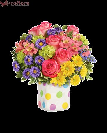 Vaza cu buline pentru flori