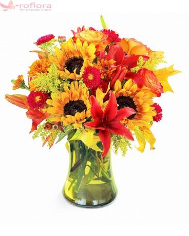Embrace - Buchet din floarea-soarelui, crini si trandafiri