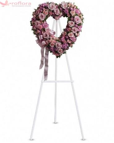 Eternal Love - Coroana din trandafiri, minirose, hortensii, garoafe