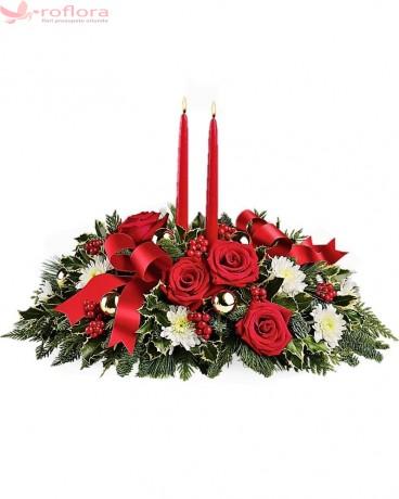 Aranjament cu trandafiri si crizanteme