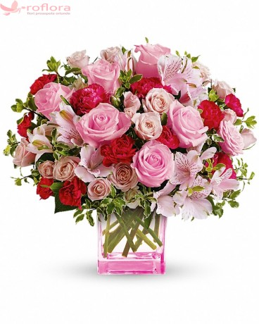 Lady in Pink – Buchet cu trandafiri, minirosa si alstroemeria