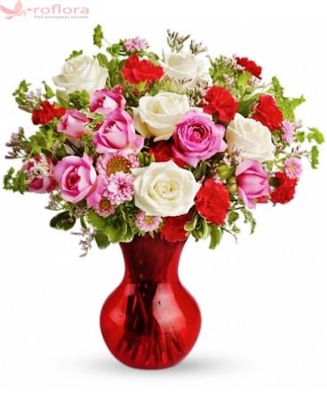 Melange – Buchet din trandafiri si garoafe