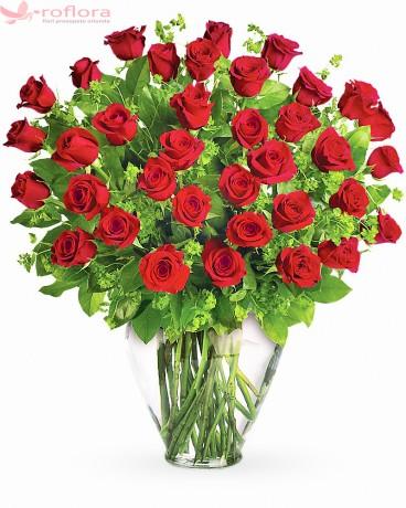 Buchet trandafiri rosii