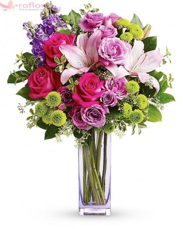 Pentru Tine – Buchet din trandafiri si crini