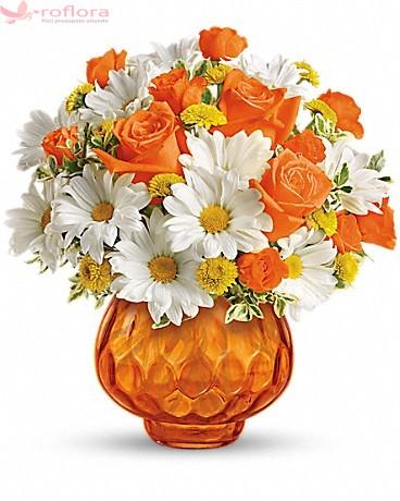 Rise and Shine – Buchet din trandafiri, minirosa si crizanteme