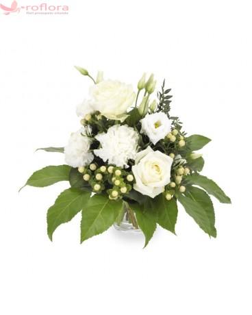 Serendipity – Buchet cu trandafiri si eustoma