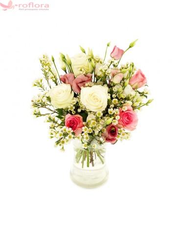 Soapte Parfumate – Buchet din trandafiri si eustoma