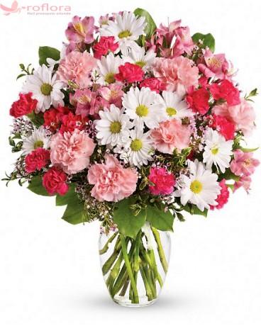 Summer Holiday - Buchet din garoafe, garofite, crizanteme si alstroemeria