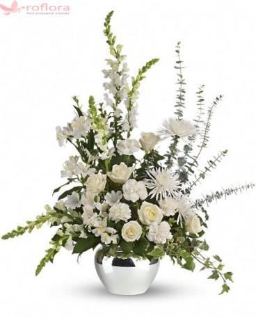White Impression - Buchet din trandafiri, alstroemeria, garoafe si crizanteme