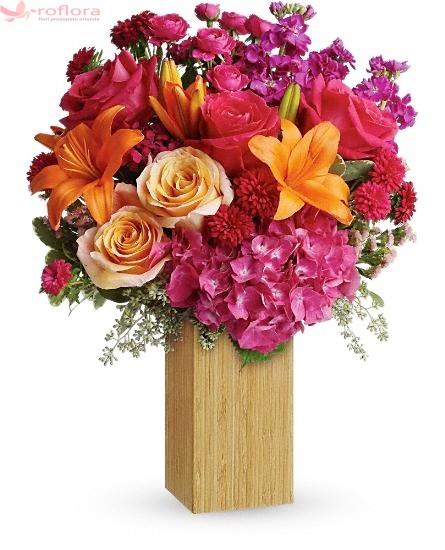 Buchet din hortensii, crini, trandafiri