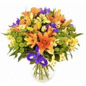 Armony - Buchet din crini, irisi si alstroemeria