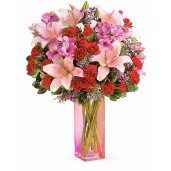 Atitudine intr-un buchet - Buchet din crini roz, minirose rosii, garofite rosii si alstroemeria
