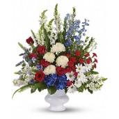 Esteem - Buchet din trandafiri, hortensii, delphinium si crizanteme