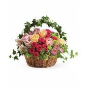 Gradina Bunicii - Cos cu trandafiri, minirosa, crizanteme si alstroemeria