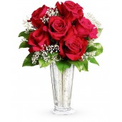 Sarutul trandafirilor - Buchet din 7 trandafiri rosii si gypsophila