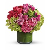 Senzatie exotica - Aranjament din trandafiri, orhidee, lalele si hortensie