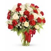Vals in doi - Buchet din 31 trandafiri albi si rosii