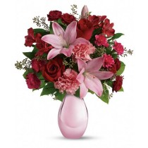 Love scent - Buchet din trandafiri, crini si garoafe