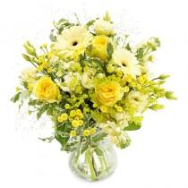 Artificii Florale – Buchet cu trandafiri si gerbera