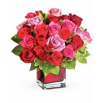 Iti Fur Inima - Aranjament din trandafiri si minirosa