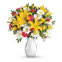 Joy of the day - Buchet din crini, garoafe si crizanteme