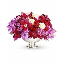 Marsala – Aranjament din hortensia, trandafiri si crizanteme