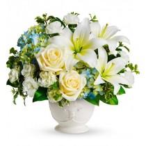 Perfectiune – Aranjament din crini, trandafiri si hortensia