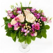 Pink choice - Buchet din trandafiri, eustoma si frezii