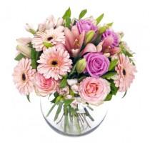 Pink Delight - Buchet din trandafiri, crini si gerbera