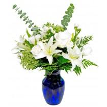 Pure white - Buchet din crini si trandafiri