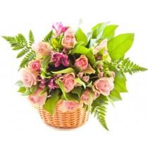 Spring - Cos cu trandafiri si alstroemeria