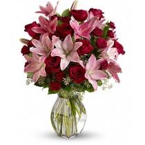 True love Deluxe - Buchet de trandafiri si crini