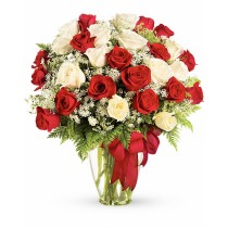 Vals in doi - Buchet din trandafiri albi si rosii