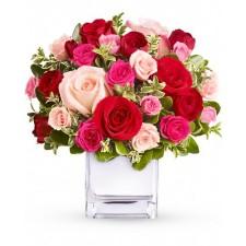 Deliciu Floral - Buchet cu trandafiri si minirosa