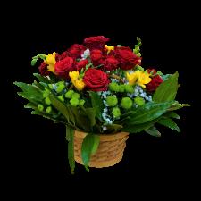 Gradina cu Flori - Cos cu trandafiri rosii si flori de sezon