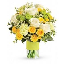 Sweet smile Deluxe - Buchet din trandafiri, crizanteme, garoafe
