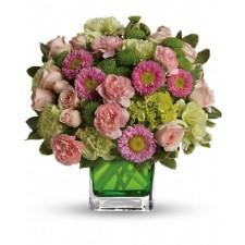 Wonderful Day - Buchet din trandafiri si crizanteme