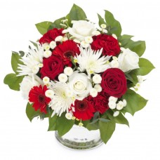 Duet Floral – Buchet din trandafiri, crizanteme si gerbera